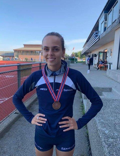 Carolina Hernandez Vråle tok bronse i høyde i Junior NM.