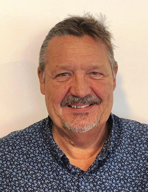 Lars Eivind Karlsen fra Moen er en livsglad jubilant. Mandag 14/12-2020 fyller han 60 år.8 FOTO: PRIVAT