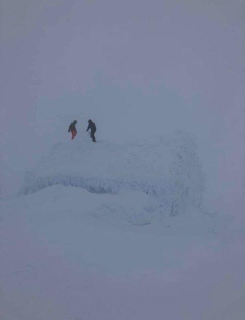 Mye snø på Holmeskjer på Folgefonna.