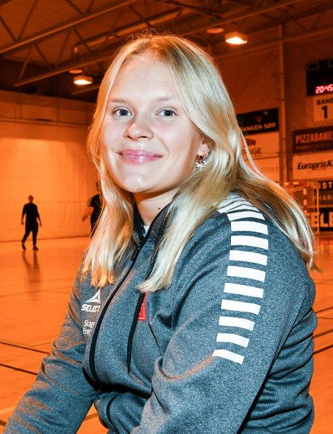 KLAR: Maja Furu Sæteren er klar for håndball etter å ha vært skadet i ett år.