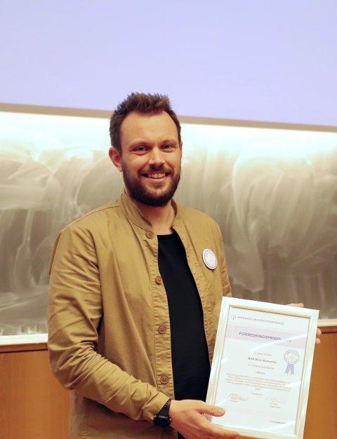 FORBEDRINGSPRISEN: Espen Aasegg Wasshaug og prosjektet «All in» har mottatt to priser ved Ahus. Nylig ble de hedret med hovedprisen på 100.000 kroner på den regionale konferansen «Sammen for forbedring».