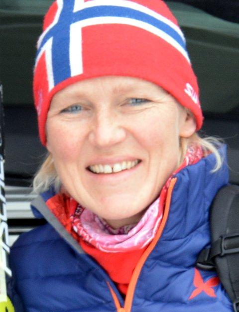 Ekstraordinært: Det måtte eit ekstraordinært årsmøte til for å finne ny leiar i Rogne idrettslag. Irene Øygard har vore nestleiar, men har no rykka opp som leiar etter Jon Rabben Lundby.