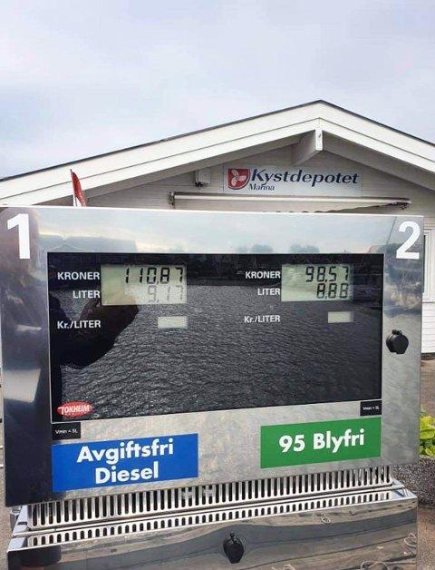 På plass i Sandøsund på Hvasser.