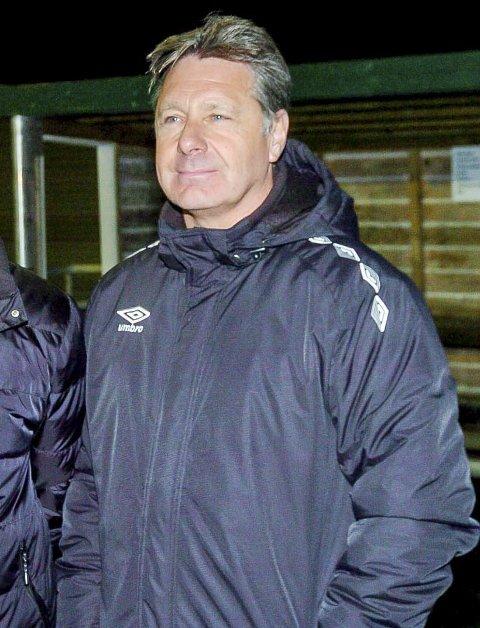 TAR IKKE AV: En som ikke tar av over tabelltopp er Mysen/HIL-trener Rune Bergland. Han bryr seg mer om hvordan spillerne spiller enn å lese tabellen.