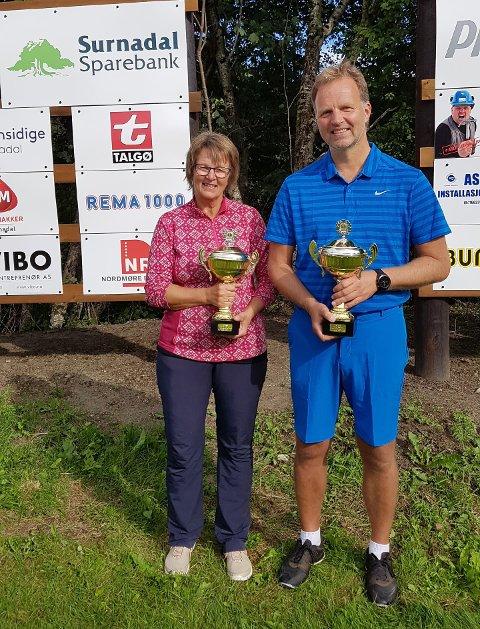 SUVERENE: Tove Hilstad Garte og Allan Troelsen ble suverene vinnere av klubbmesterskapet i golf i helga.