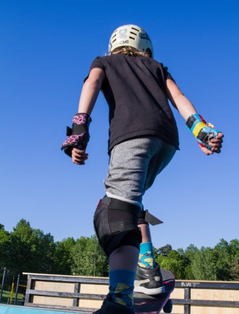 STØRRE: Planen er å utvide skateparken på Skoklefallsletta, og gjøre det enklere for flere å få prøvd seg på brett.