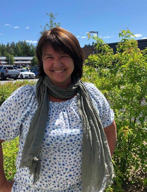 Dette er den nye sektorlederen for oppvekst i Åsnes. Lena Marin Henriksen er tilbake i kommunen og får også ansvar for helsestasjon og barnevern.