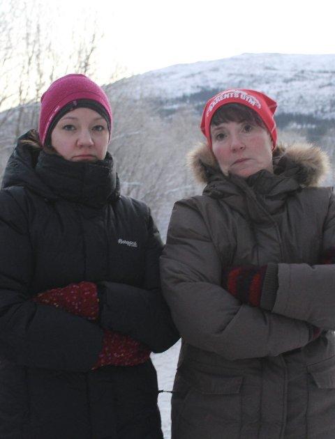 Kjemper: FAU-leder Kristin Kongsdal (høyre) og mor Thea Beate Thomasli Haugan jobber for tryggere skolevei. foto: b. Wærstad