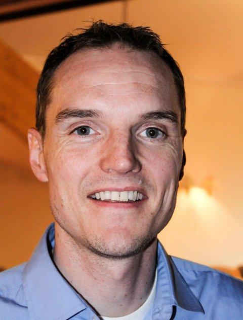SEIER: For første gang på mange, mange år, vedtok kommunestyret i Rælingen et forslag uten Arbeiderpartiets stemmer. Forslaget kom fra Simon Friis Larsen, KrF.