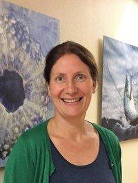 FORSKA PÅ BRISLING: Cecilie Kvamme frå Havforskingsinstituttet er ein av forskarane som har analysert DNA-prøvar av brisling.