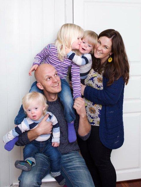 Herman, pappa Steffen, Synne, Anton og mamma Mari.