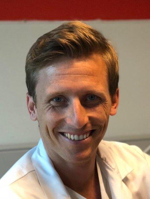 Simon Mogensen kommer tilbake til Tretten legekontor etter å ha vært kirurg på sykehuset på Lillehammer et par år.