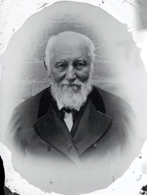 """PIONÉR: Mot slutten av sitt liv ville Svend Foyn (bildet) undersøke hvalforekomstene i Antarktis, og utrustet en ekspedisjon under ledelse av Henrik Johan Bull fra Stokke og med Leonard Kristensen fra Nøtterøy som skipper på ekspedisjonsfartøyet """"Antarctic"""". I januar 1895 gikk mannskapet som de første i land på selve sydpolkontinentet."""