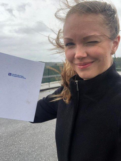 Frida Johansson har flere ganger hatt møter med norske kjøpere og selgere på den gamle Svinesundsbrua.