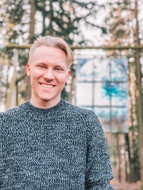 Kalle Moen fikk være med på å reagere til stereotyper om at nordiske folk er rike, lykkelige og glade hele tiden. - Det var artig, men ikke så mye nytt, sier han om opplevelsen.
