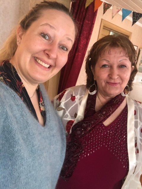 ÅPENHET: For seks år siden var Mie Jenssen (66) åpen om egen Alzheimer-diagnose. -I dag går det ikke an å føre en samtale med henne, og hun husker ikke lenger hva Alzheimer er, sier dattera Therese Jeanette Jenssen.