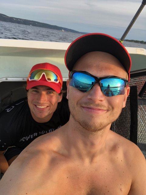 AMBISIØSE: Gutta i RowForLife går for verdensrekord når de seiler over Atlanterhavet i robåt. Tommy Sørmoen fra Jessheim (t.h.) forteller at hvis de klarer reisen på under 36 dager, så blir de raskeste nordmenn over.
