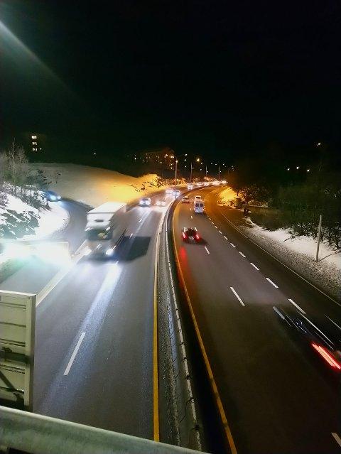 Det er risikofylt å ferdes langs veiene. En faktor er utenlandske vogntog i dårlig teknisk stand.