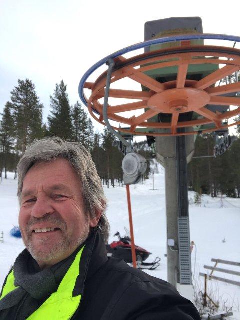 GLAD: - Påsken og resten av sesongen er reddet for skiheisen i Renåfjellet, sier driftsleder Morten Sterri.