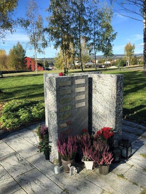 Minnelund: Gravplassforvaltingen har i løpet av 2018 etablert navnet minnelund på gravplassene i Brumunddal, Furnes, Helgøya og Åsmarka. Ringsaker og Brøttum vil følge etter.