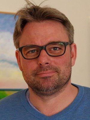 LEDER FIRMAET: Mathias Schulze er daglig leder hos KMS arkitekter i Horten.