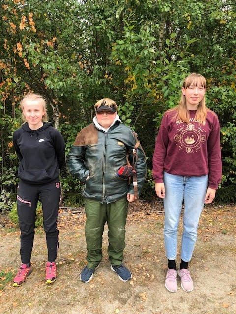 Godt gjort: Yngre skyttere fra Nora som tok turen til Ringebu. Fra v. Louise Stenseth, Vilmer Røsten og Emma Heidtmann.