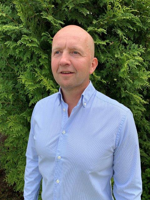 FÅR TIL SALT I MATEN: Som ny kommunedirektør i Ås vil Tom-Arne Tørfoss få 1,4 millioner kr i lønn. Det er mer enn 100.000 kr mer i året enn hans forgjenger.