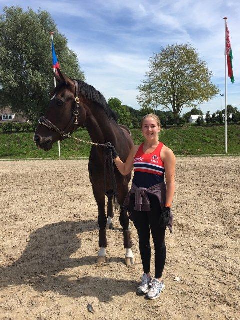 GOD STEMNING: Elisabeth Fjornes og Maserati er på plass i Nederland sammen med resten av landslaget.