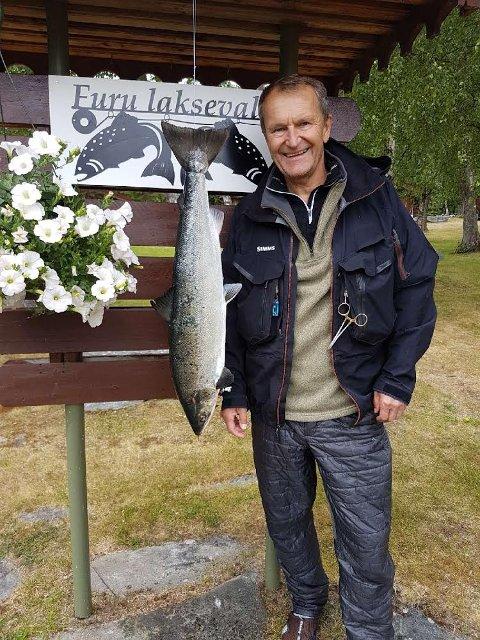 Terje Nielsen tok den 24. juni en laks på 5,5 kg. Den ble tatt på flue i Kiklingbrekkhølen.