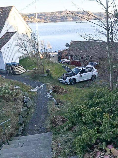 Bilen havnet langt nede i hagen til Yngvar Aanonsen på Krana.