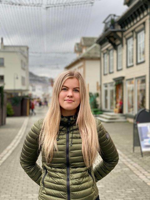Dina Berget Tobiassen (16)