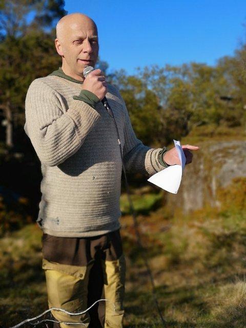 FUGLEMANN: Per Øyvind Grimsby mener rovfugltrekket på Skorveheia er helt unikt.