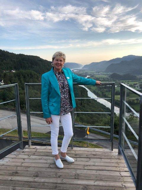 NORGESFERIE: Hotelldirektør på Utsikten Hotell Agnes Berntsen skal tilbringe juli i Kvinesdal.