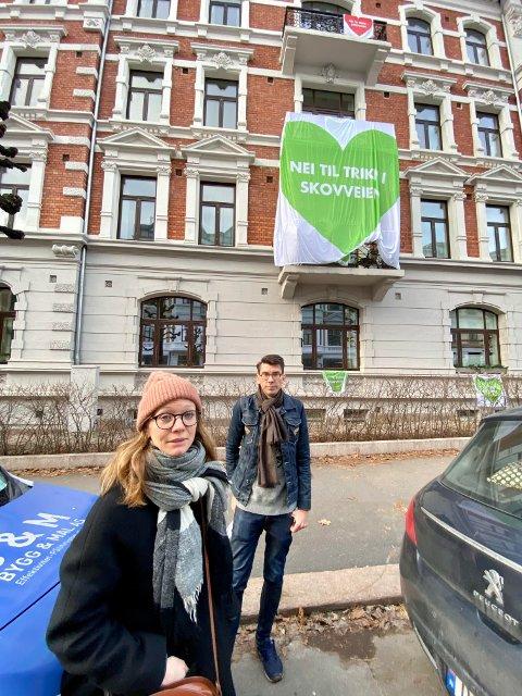 VIL STOPPE TRIKKEN: Styremedlemmene Christoffer Wiig og Katinka Mørch Granberg mener at Ruters planer om å legge trikkespor ned Skovveien vil ødelegge gatemiljøet.