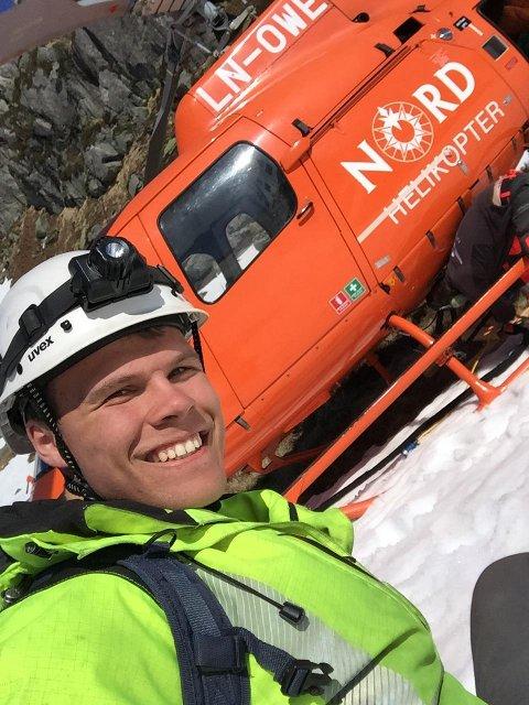 Nikolai Fløysand Berland (20) har ein spektakulær veg til jobb.