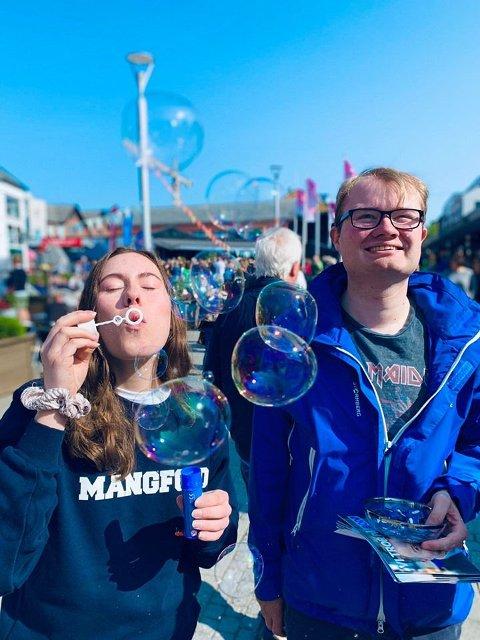Jørgen T. Fjørtoft og Nicole Natalie V. Furnes er kandidater til bystyret for Høyre