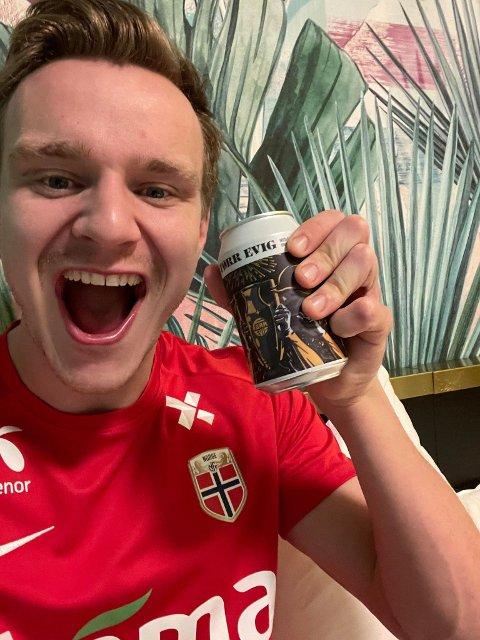 Marius Lode unnet seg en gulløl da lagkameratene sikret Bodø/Glimt gullet.