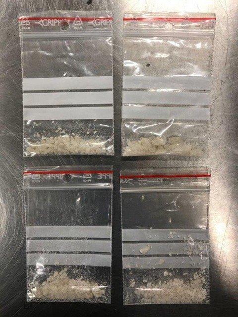 BESLAG: Dette beslaget MDMA ble gjort i mars i år. MDMA kan minne om brunsukker.