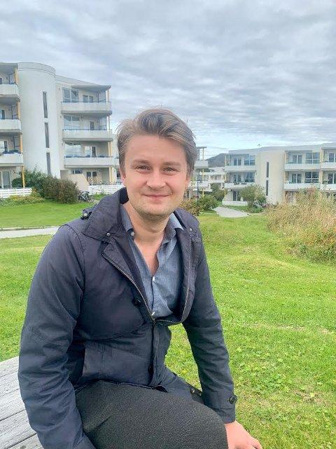 Øystein Mathisen (Ap) er fersk stortingsrepresentant fra Nordland og fersk boligkjøper. Her fra Bodøsjøen der han og samboeren kom seg inn i markedet.