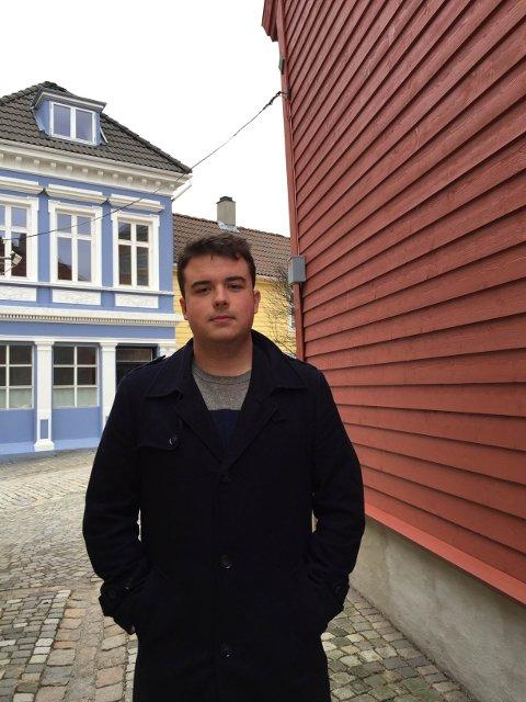 AUF i Hordaland-leder Benjamin Jakobsen var godt fornøyd med at moderpartiet sa nei til den nye fraværsregelen.