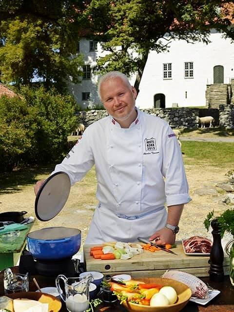 Charles Tjessem, som vant Bocuse d'Or i 2003, kommer til Utstein for å lage mat under Gladmatfestivalen.