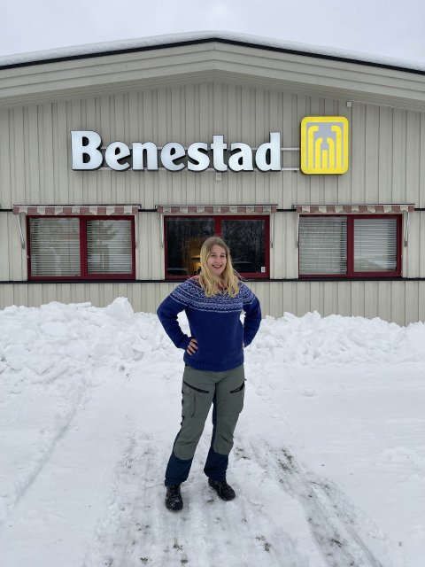 SIKKER JOBB: I ett år har Silje Flattum jobbet som produksjonsmedarbeider hos Benestad Solutions på Lierskogen.