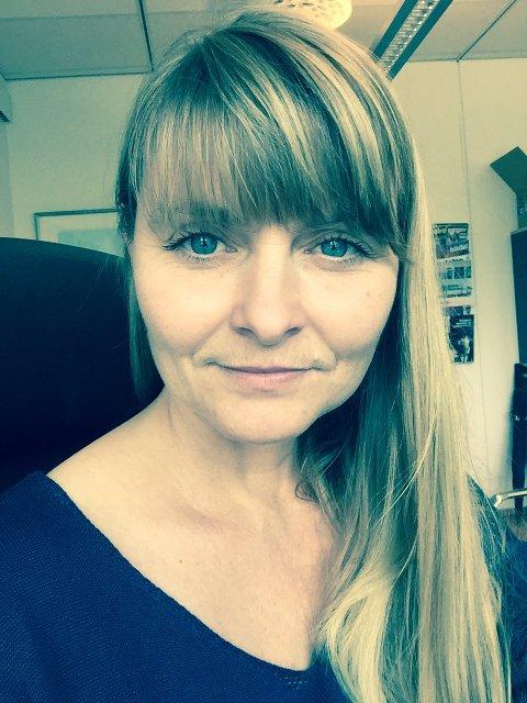 GODT I GANG: Kommunikasjonssjef i Røyken Kommune, Marianne Heimdal, er allerede godt i gang med å kurse de ansatte i klart språk.