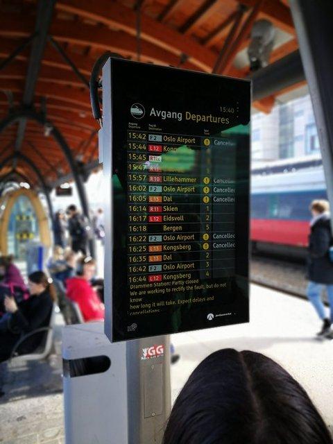 INNSTILLINGER: Flere tog er innstilt som følge av redusert sportilgang på Drammenbanen.