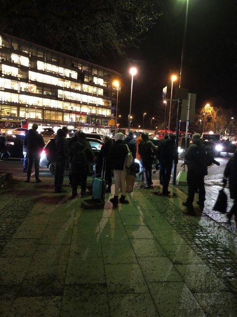 KØ: Morten Fredrik Amundsen var blant pendlerne som ble stående fast på Skøyen stasjon torsdag ettermiddag. Han forteller om frustrerte passasjerer.