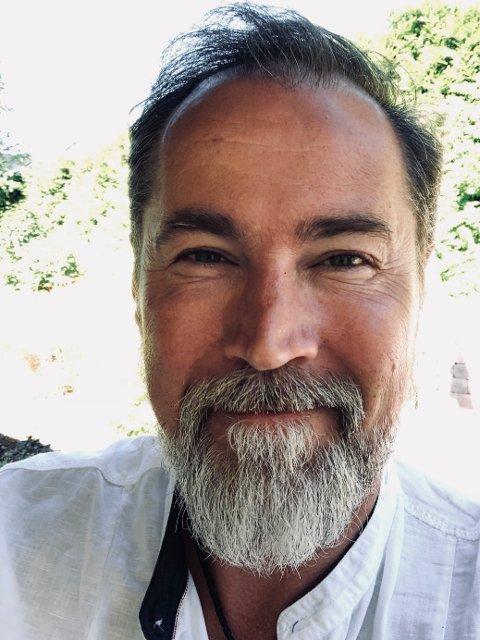 Fungerende kommunikasjonsdirektør i Bymiljøetaten i Oslo kommune, Richard Kongsteien, forteller til Enebakk Avis at søppelet vil bli ryddet i nær fremtid.