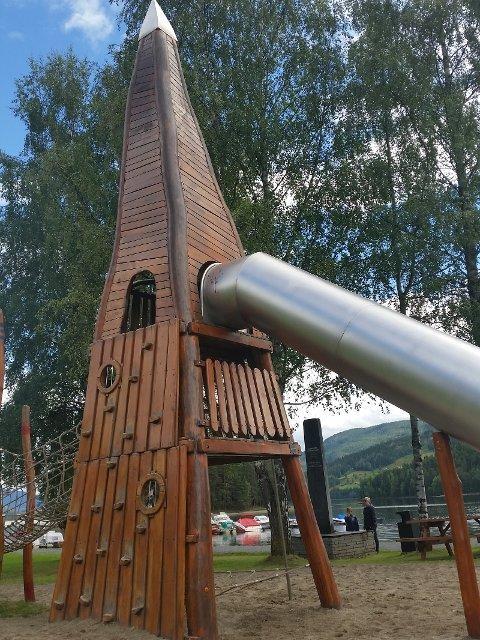 På Fagernes har dei lagt ein innhaldsrik park midt i sentrum som tiltrekk seg fastbuande og besøkande i alle aldrar!