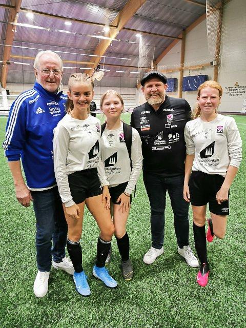 STAS: Frå venstre: Eyvind Hellstrøm, Rebekka Otternes Lundekvam (13), Martine Vik (12), Truls Svendsen og Oda Paulen (13).