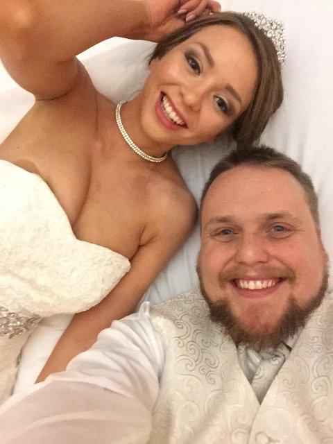 Nygift: Her har Stian «Staysman» Thorbjørnsen og Tina Svestad nylig gitt hverandre sitt ja.