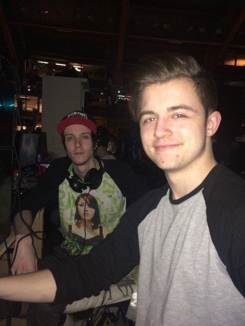 Adrian Michelsen (18) og Nicolai Omberg (19) på The Gathering, eller «TG» blant venner.